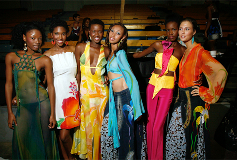 Models pose for Caribbean Fashion Week 2008