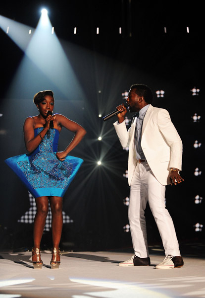 Estelle performing at MTV's European Music Awards with Kanye West