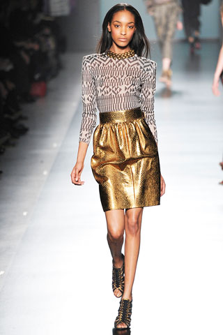 Lonellly... I'm so lonnelly... on my own... Jourdan Dunn was the sole black model at Etro's Fall RTW show during Milan Fashion Week. (photo credit: Marcio Madeira for style.com)